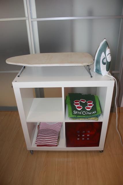 Ikea hack expedit mueble para planchar - Mueble tabla de planchar ikea ...