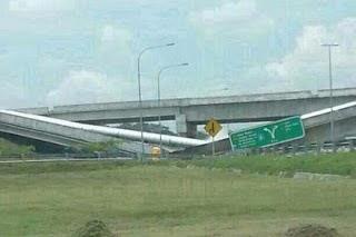 Berita Terkini !!! Gambar Jambatan Runtuh Selepas Tol Keluar Putrajaya