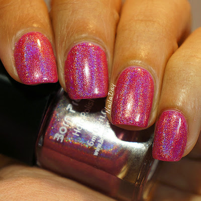 NailaDay: Born Pretty Holo #3 over Barry M Shocking Pink