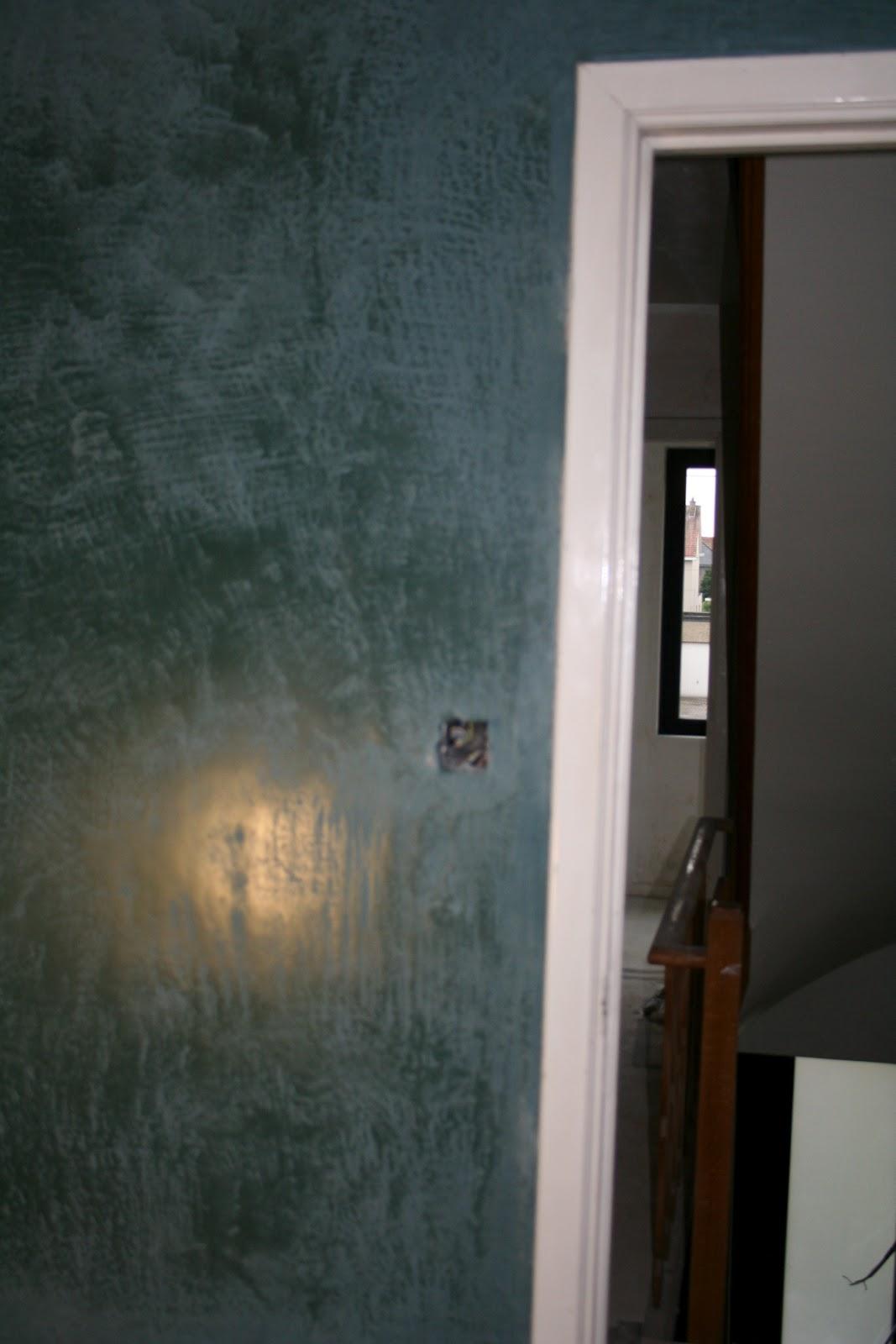 Budget Badkamer Meubel ~ Mortex muur in de badkamer