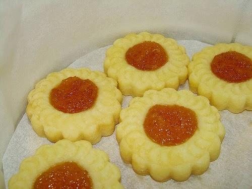 Pineapple Tarts (Bánh Dứa)1
