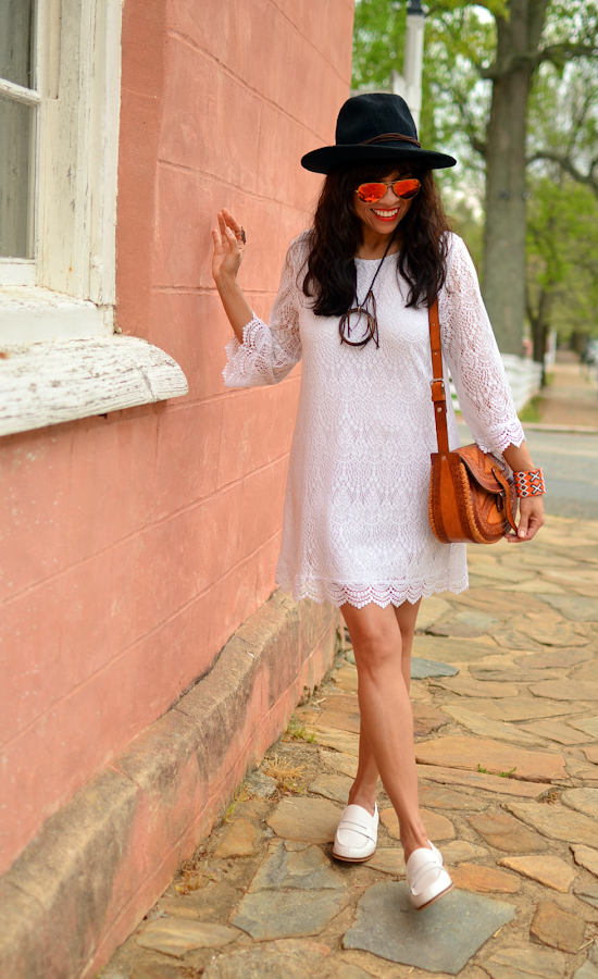 Outfit with white lace dress