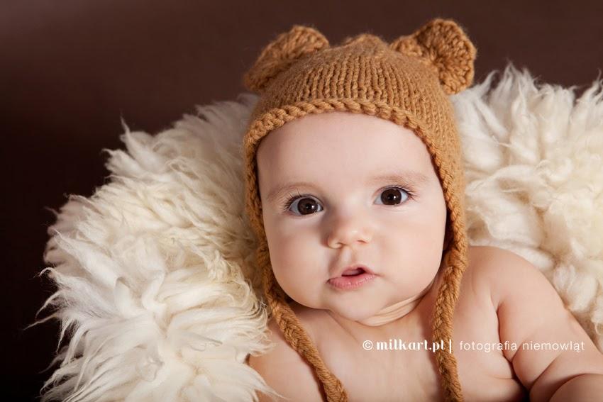 fotografia niemowląt, sesje zdjęciowe dziecka, sesja fotograficzna na prezent, fotograf noworodków, studio milkart