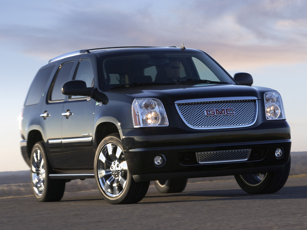 four wheels review gmc acadia denali 2011. Black Bedroom Furniture Sets. Home Design Ideas