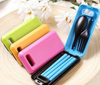 Peralatan makan portable untuk traveler