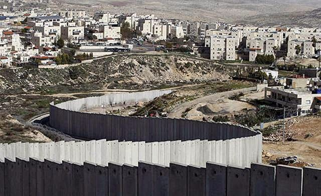 Israel - The barrier in the West Bank