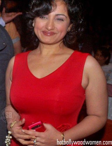 Divya Dutta Big Bouncing Boobs Porn Videos -