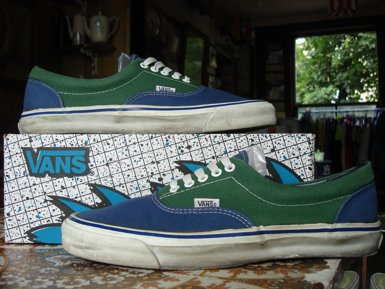 945b57eb4d2782 vintage VANS 2-tone nvay blue   green canvas ERA style  95 MADE IN USA 90 s  deck shoes US12