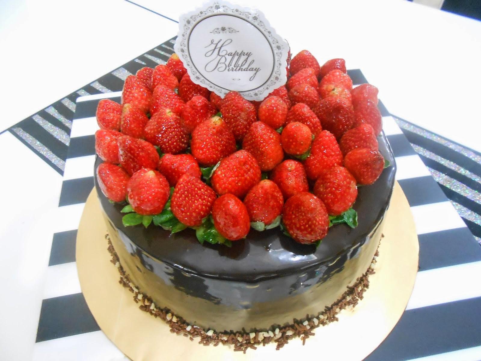 Moist chocolate cake 2 kilo