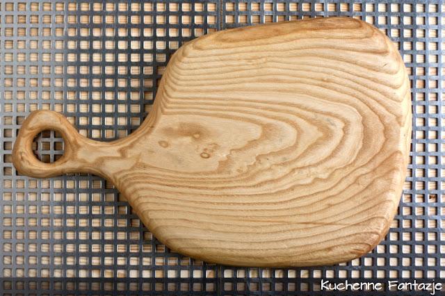 konkurs, kuchenne fantazje, konkurs na blogu, konkurs kulinarny, blog kulinarny, deska ręcznie rzeźbiona, deska jesionowa, oryginalna deska