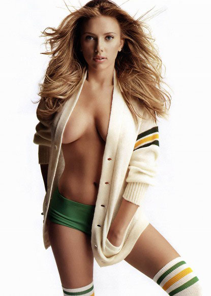 Hollywood celebrity with Sexiest Breast Scarlett Johansson