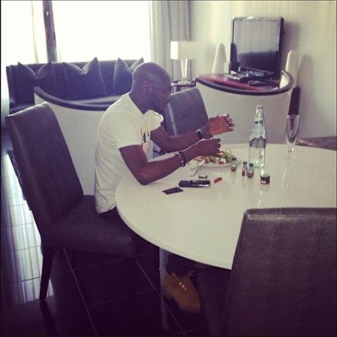 See A Picture Of A Very Hungry Tuface Eating