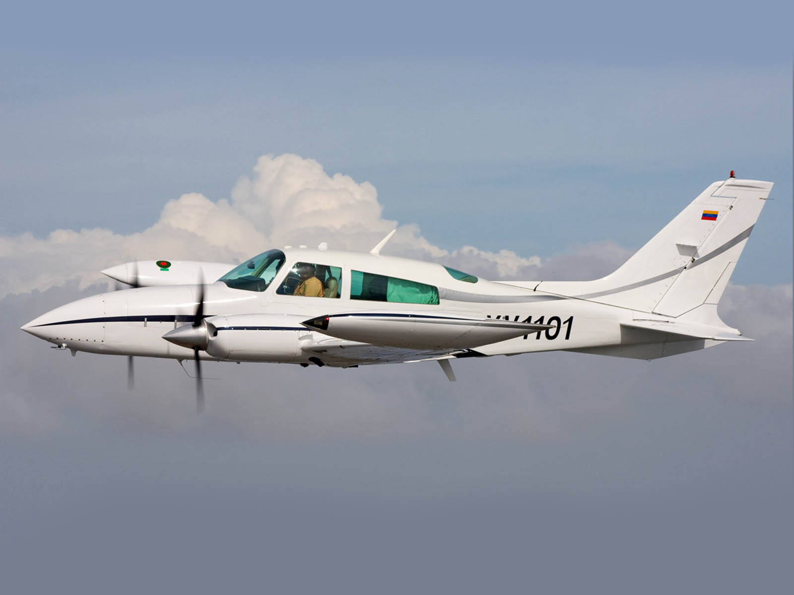 Wallpapers cessna 310 aircraft for Airplane plans