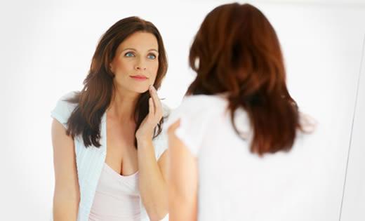 Sabías que en realidad no somos cómo nos vemos en el espejo