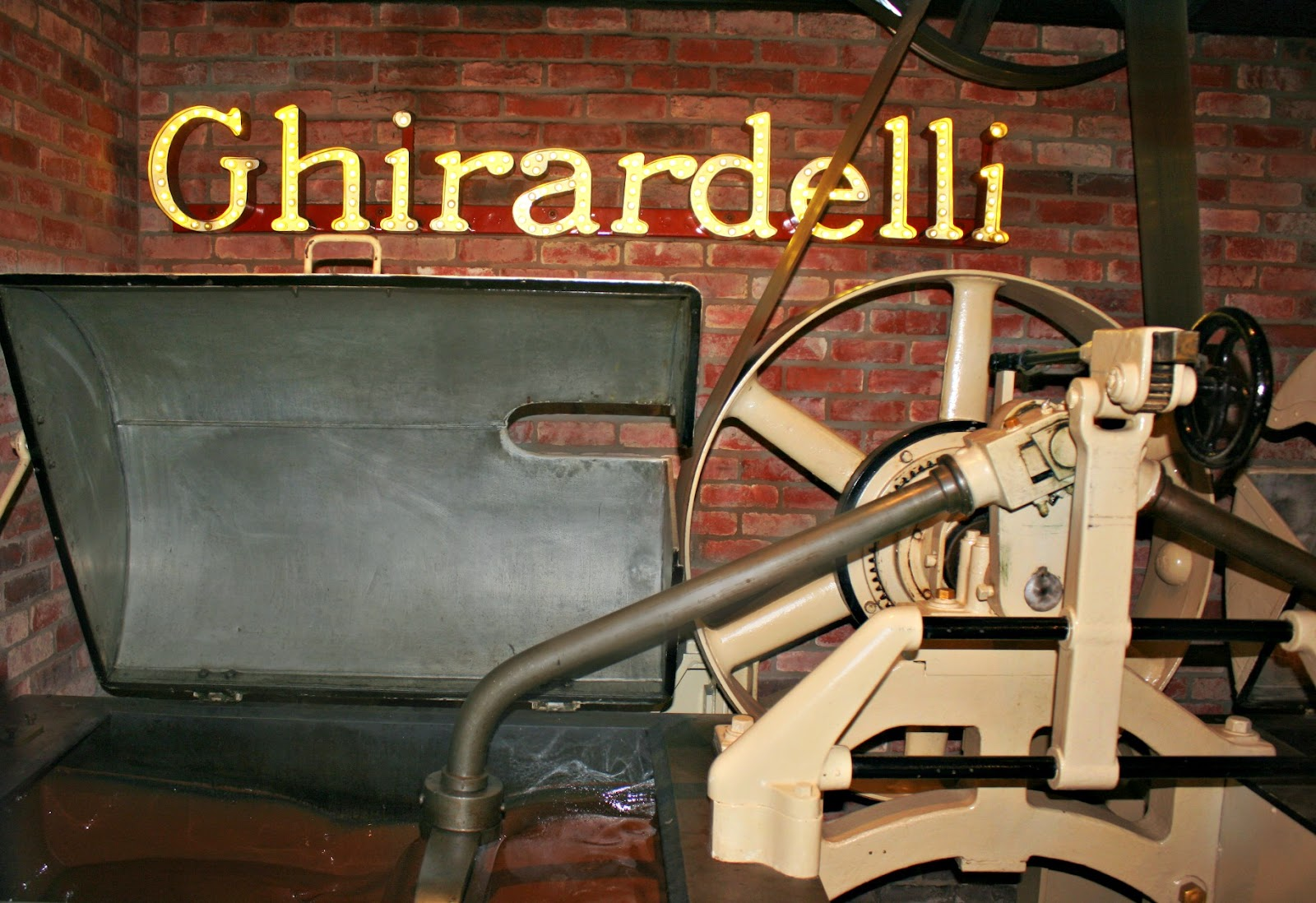 Ghirardelli Square Ice Cream Fountain