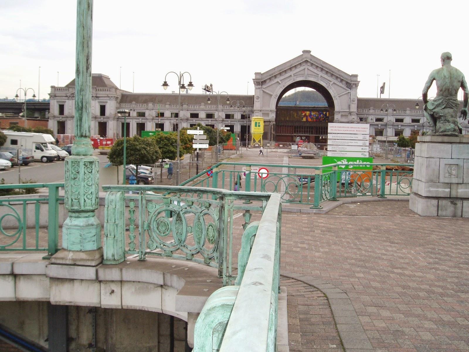 10 quai de la gare du sud promenade au pays de charleroi - Bureau de poste gare de l est ...