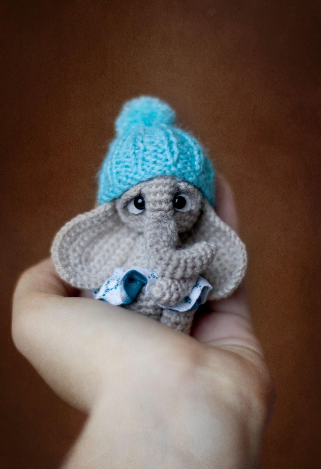 Вязание игрушек спицами слоник