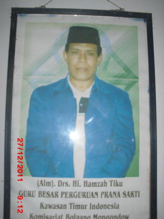 Alm. KH. Hamzah Tiku,