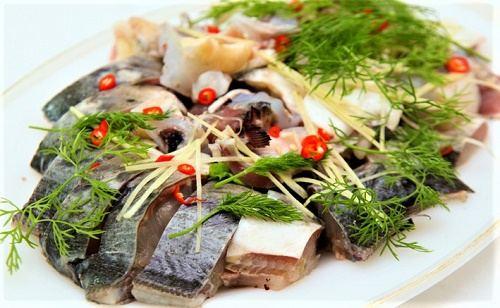 Cá Tầm Sống Nấu Lẩu