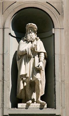 Statue da Vinci in Corridoio Vasariano © Paul Seheult-Eye Ubiquitous-Corbis