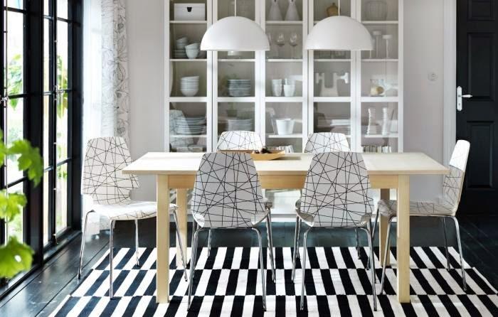 Cool chic style attitude interiors bianco e nero un gioco armonico di co - Ikea chaise pour salle a manger ...