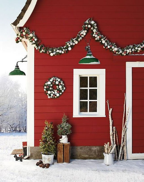 http://www.homebunch.com/interior-design-ideas-christmas-design-ideas/