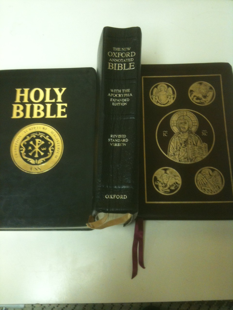 Bible: Revised Standard Version -- Simple Searches