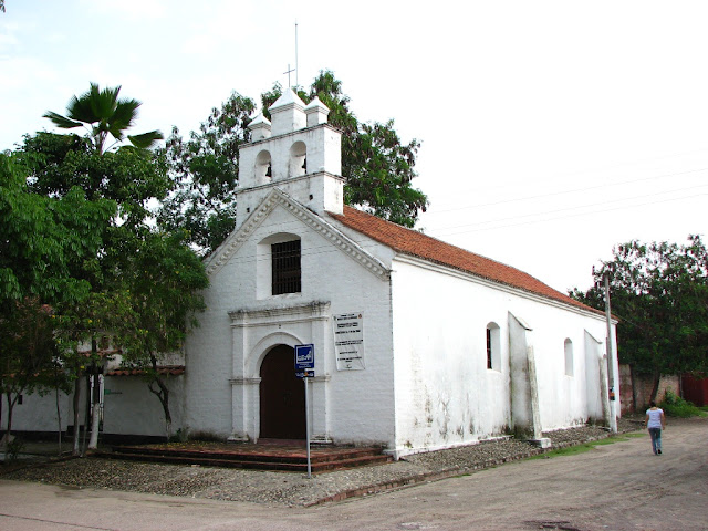 capilla-antigua-villavieja-huila