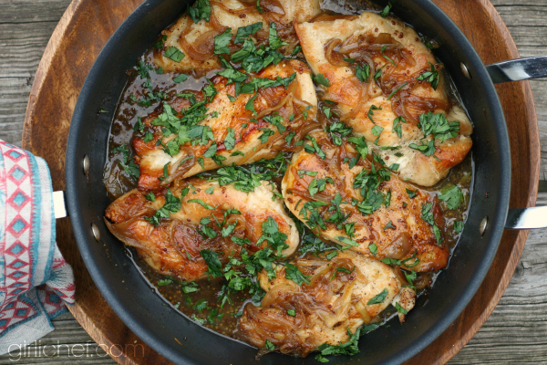Sweet 'n Tangy Beer-Glazed Chicken #BeerMonth | www.girlichef.com