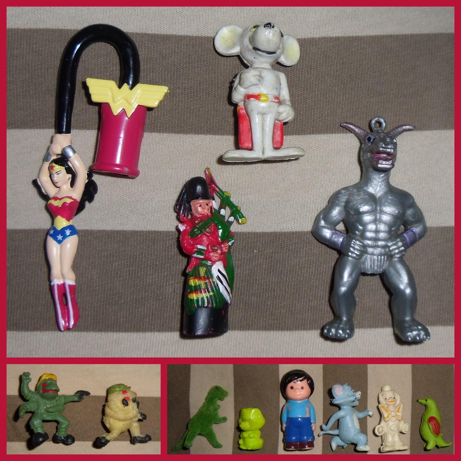 Snowman /& More DTSC Party Favors w// Santa Christmas Holiday Eraser Set 12 Pc