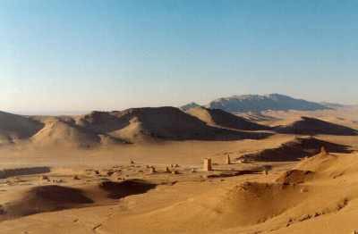 http://4.bp.blogspot.com/-6gfniELB8r4/TbhaSVXiXRI/AAAAAAAAAMM/Ds6Bsy9W5U8/s400/desert.jpg