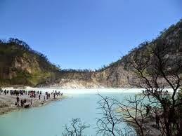 Paket Wisata Gunung Tangkuban Perahu Murah - Kawah Putih