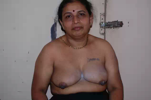 desi prostitute old age aunty nude body for money