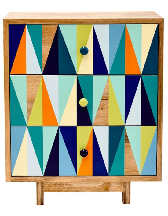 rack colorido, comoda colorida, pintura com grafismo, grafismo, movel colorido, cores, pintar madeira