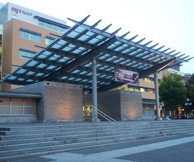 université, enseignement supérieur, escalier de pierre, ENAP, architecture moderne