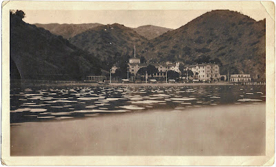 possible hotel by lake in mountains from Bill Bean photo collection