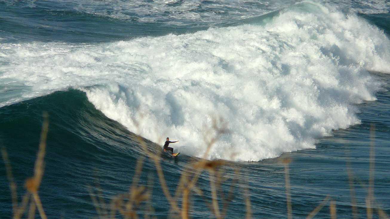 surf olas grandes menakoz 03