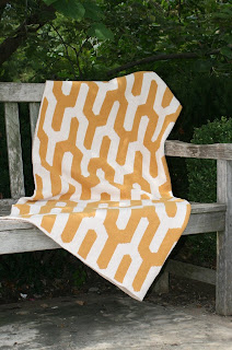 Y Pattern Recycled Cotton Environmentally Friendly Throw Blanket