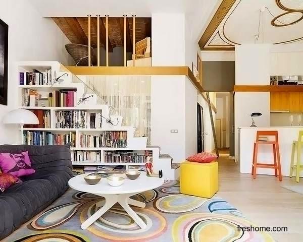 Solución de almacenaje para el hogar anaqueles bajo escalera