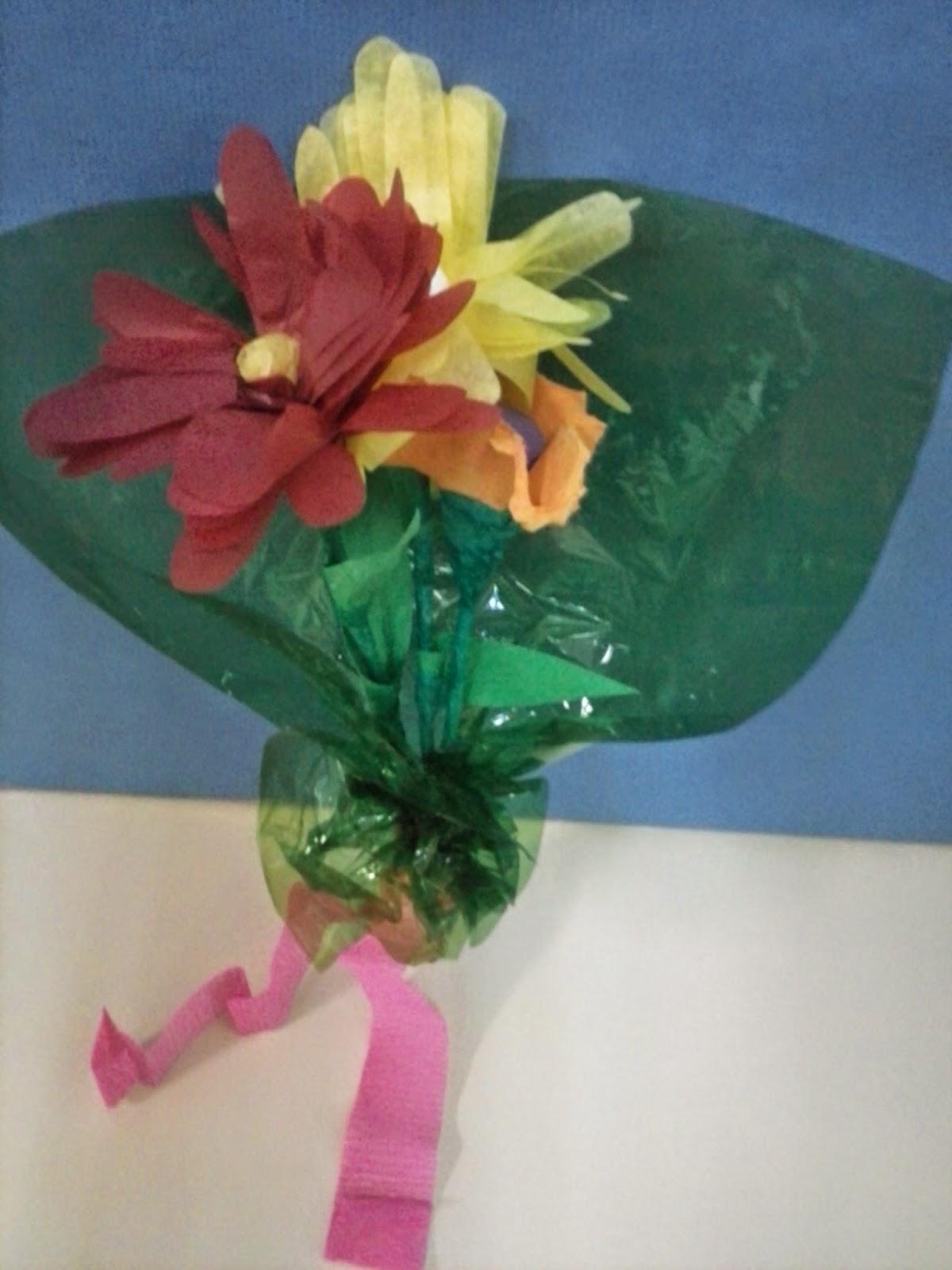 Caj n especial d a de la madre flores hechas de papel de for Papel pintado plastificado