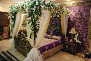 Good viser romantic wedding room decoration ideas 20152016 grand couples bedroom for wedding night has become a part of our traditions no patterns unique flowers seems incomplete we can not imagine a wedding room junglespirit Gallery
