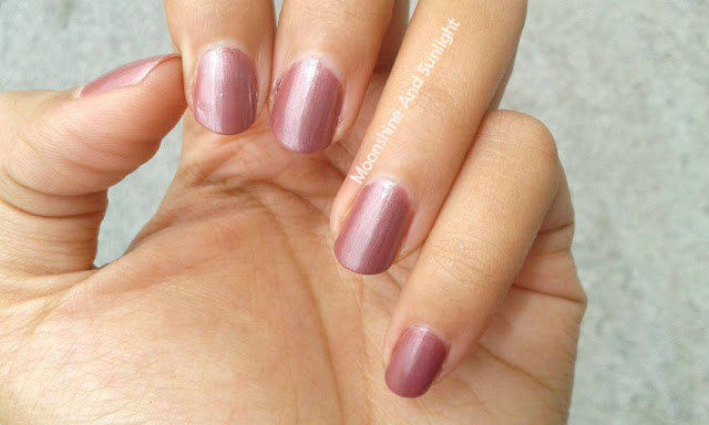 Lakme Truewear Wildflower Mauve Swatch , Review , Pictures