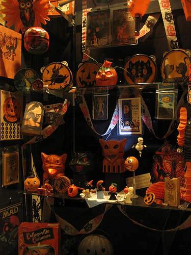 Google image result for for Antique halloween decoration