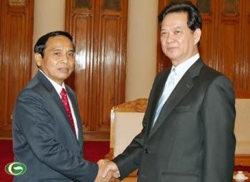 Thủ tướng Nguyễn Tấn Dũng tiếp Chủ nhiệm Ủy ban Kiểm tra Trung ương Lào