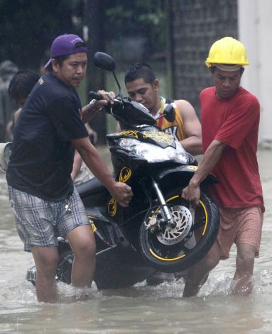 Tips on Cleaning Motorcycles Submerged in Flood