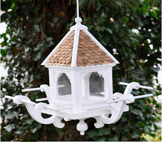 bird feeder pole, squirrel proof bird feeder, tempat makan burung liar