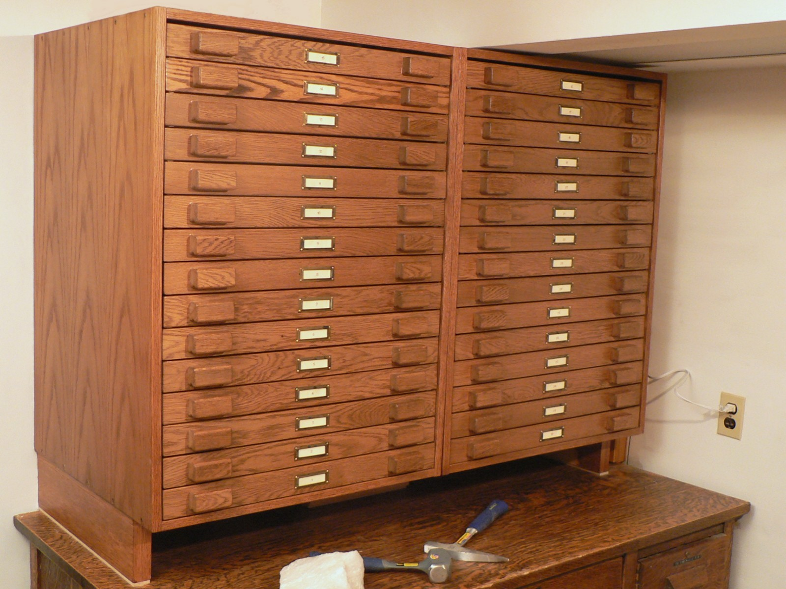 A Rock and Mineral Cabinet: Tips for Building the Cabinet and Drawers