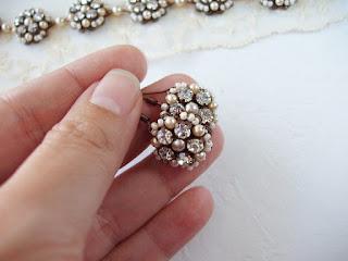 crystal jewellery, crystal jewelry, crystal earrings, rhinestone earrings, beautiful jewelry, jewelery, Art Deco jewelry, rhinestone jewelry