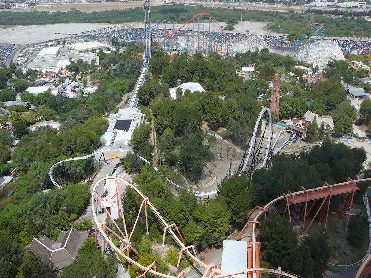 Six Flags Parks Abril-65