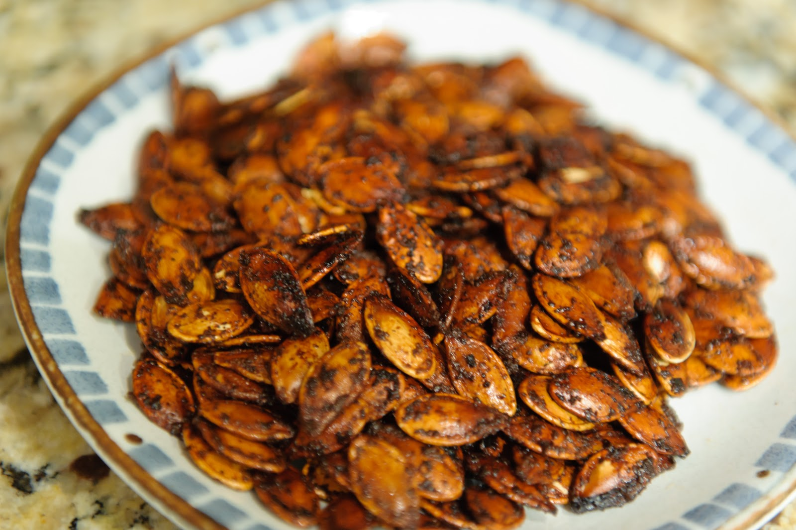 The Frugal Girlmet: Korean Spiced Pumpkin Seeds
